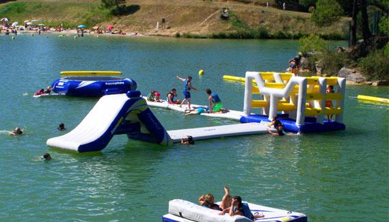 jeux-gonflables-aquatiques-parc-aquaviva-11-occitanie